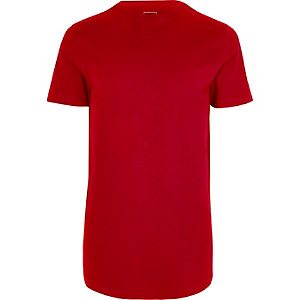 T-shirt long rouge à ourlet arrondi