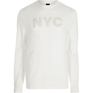 Wit sweatshirt met 'NYC'-applicatie en lange mouwen