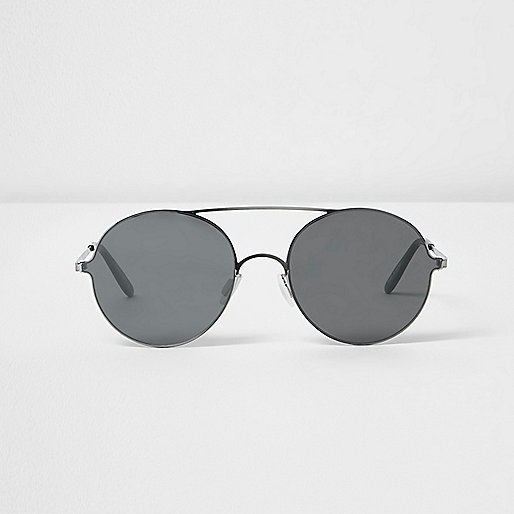 Grey round flat lens sunglasses