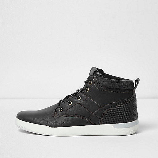 Black perforated contrast sole sneakers