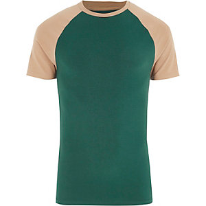 Green raglan sleeve muscle fit T-shirt