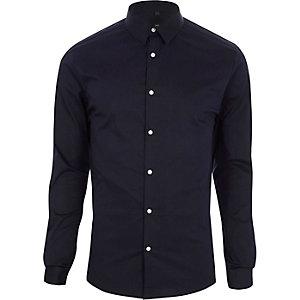 Chemise ajustée bleu marine à manches longues