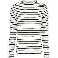 T-shirt ajusté rayé crème à manches longues