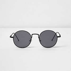 Black round flat lens sunglasses