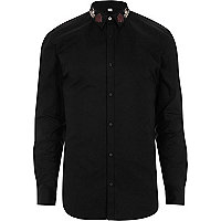 Black embroidered collar muscle fit shirt