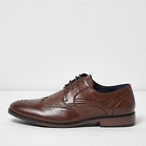 Dark brown croc embossed panel brogues