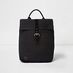Mi-Pac - Zwarte rugzak met flap