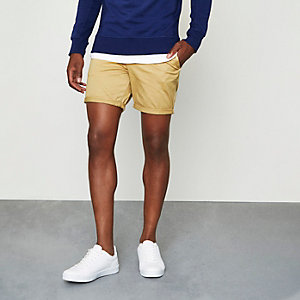 Short chino marron clair à revers
