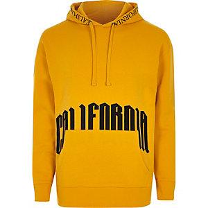 Donkergele hoodie met 'California'-print