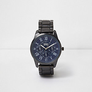 Blue round face metal watch