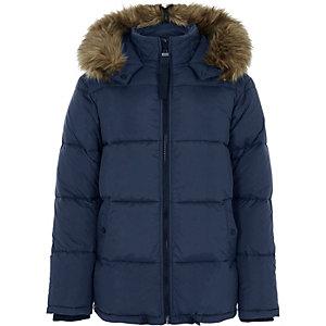 Blauwe nylon doorgestikte jas met capuchon van imitatiebont
