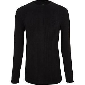 T-shirt ajusté noir côtelé à manches longues