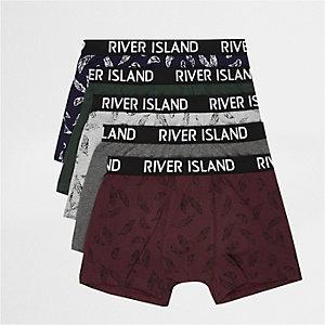 Lot de boxers dont un rouge à imprimé plumes
