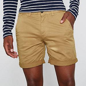 Hellbraune Chino-Shorts mit Rollsaum