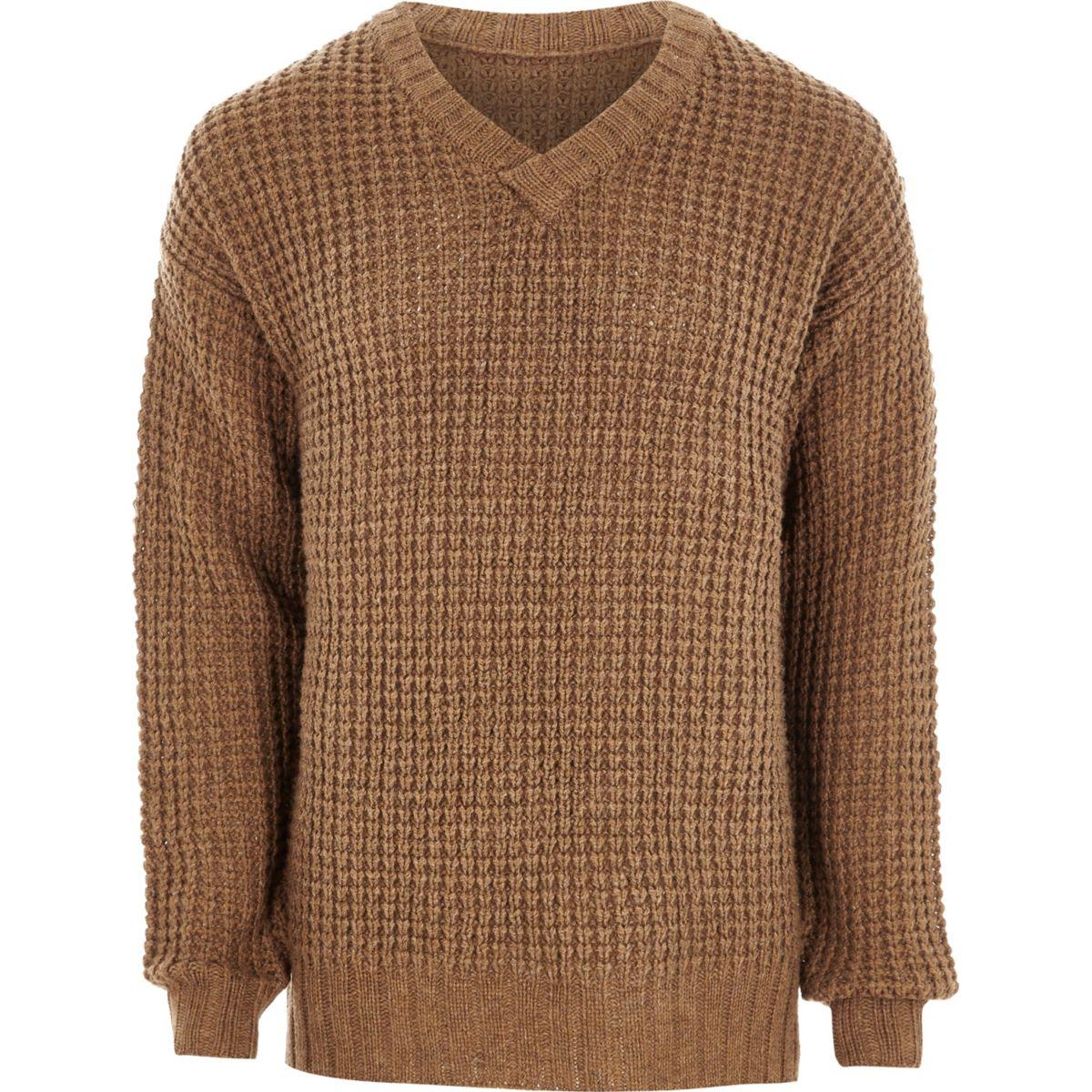 Pullover in Creme mit V-Ausschnitt