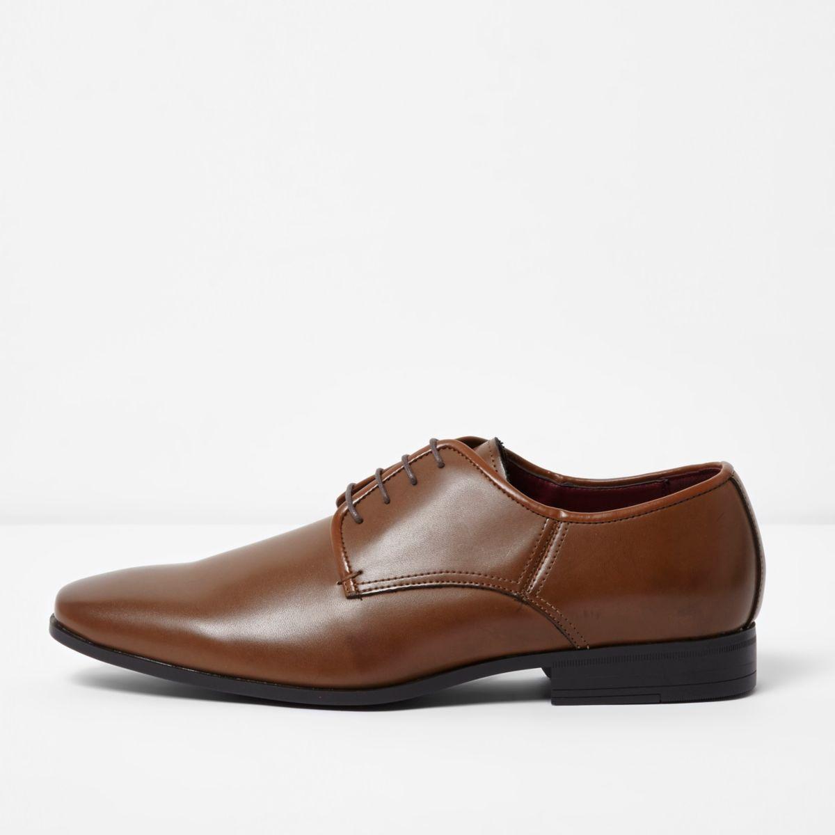 Tan brown lace-up smart shoes