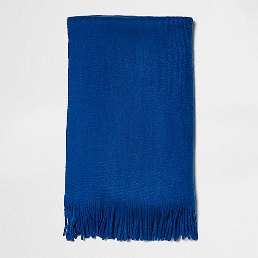 Blue blanket scarf