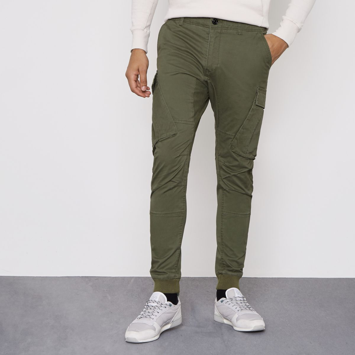 Khaki green cargo pants