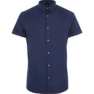 Blauw aansluitend overhemd met korte mouwen