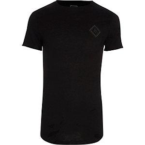 T-shirt ajusté en tissu flammé noir à imprimé sur la poitrine