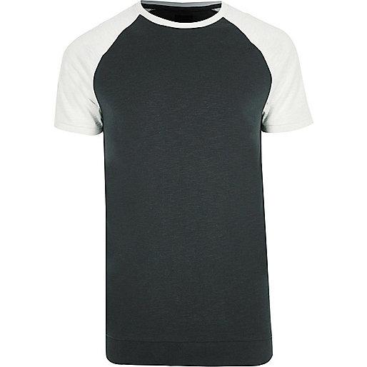 Green short raglan sleeve slim fit T-shirt
