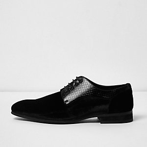 Black velvet textured lace-up smart shoes