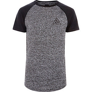 Graues Muscle Fit Strick-T-Shirt mit Raglanärmeln