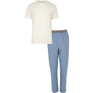 Blauwe loungeset met gestreepte broek en T-shirt