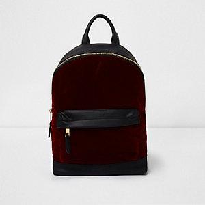 Roter Samtrucksack