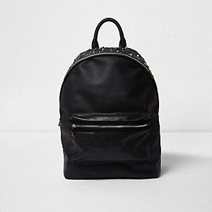 Schwarzer, verzierter Rucksack aus Lederimitat mit Nietenverzierung