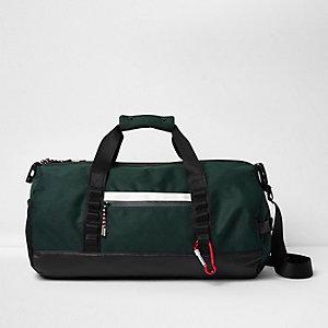 Dark green sporty holdall bag