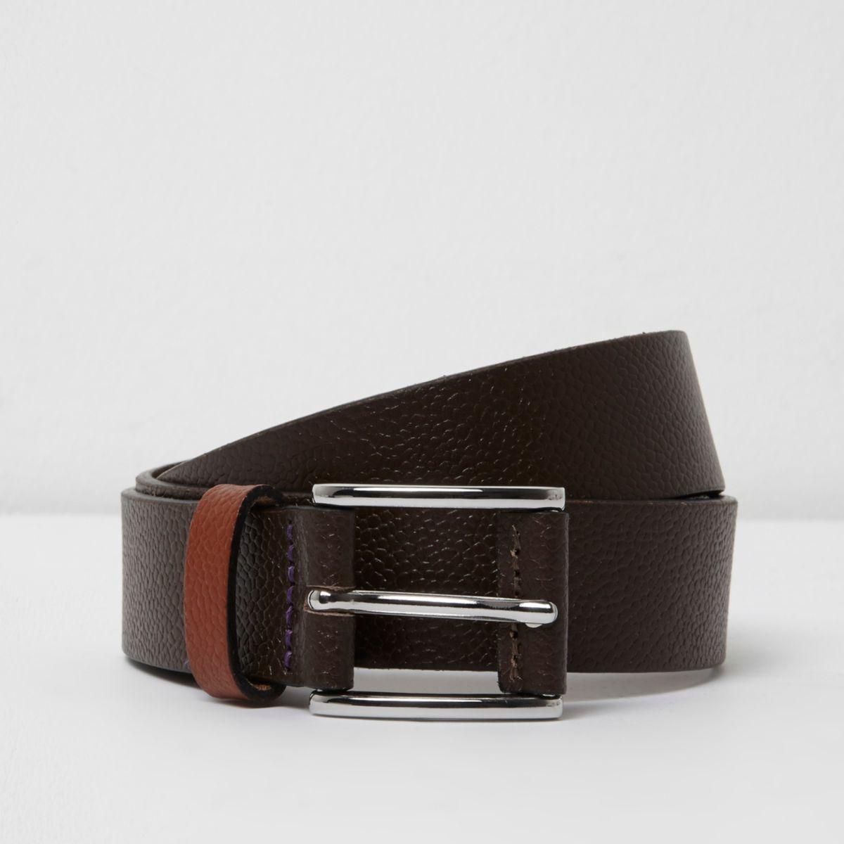 Brown contrast keeper leather belt