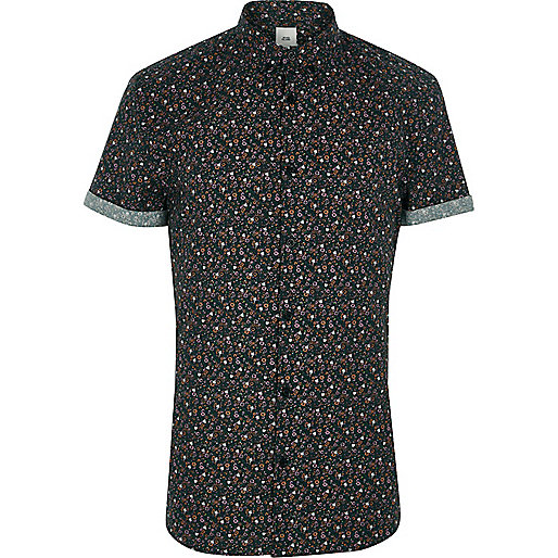 Green floral muscle fit short sleeve shirt