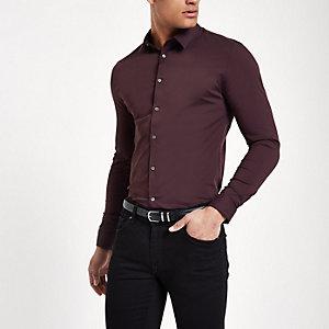 Donkerpaars aansluitend overhemd met lange mouwen