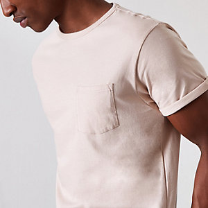 ​Stone pocket rolled sleeve T-shirt