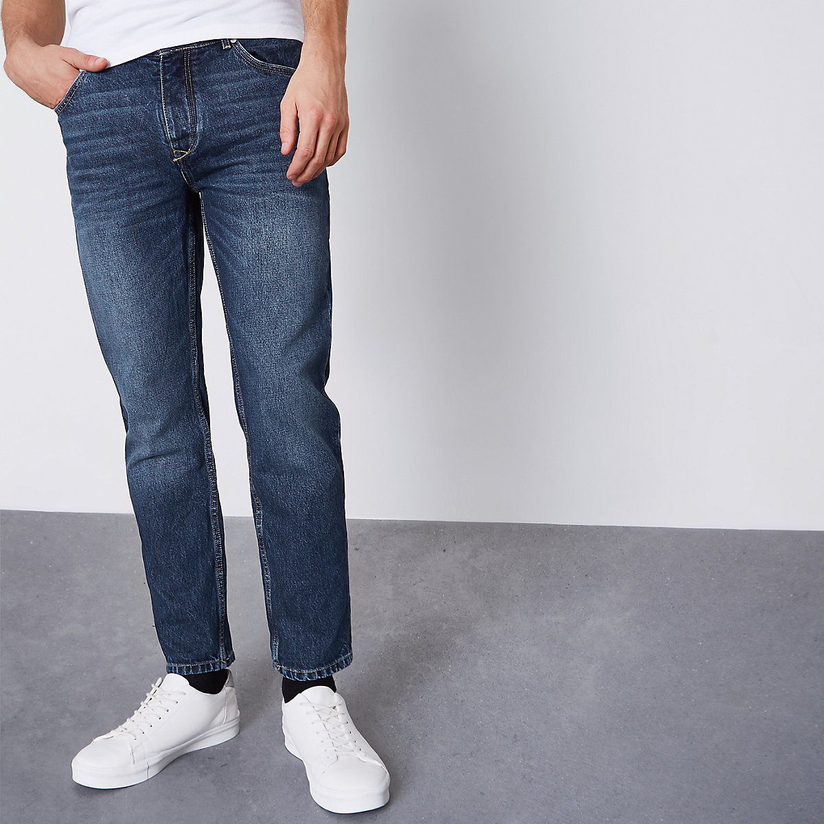 Washed mid blue Jimmy tapered jeans