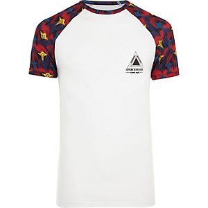 White tribal print raglan sleeve T-shirt