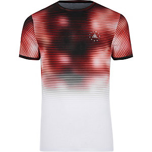Red fade print muscle fit T-shirt