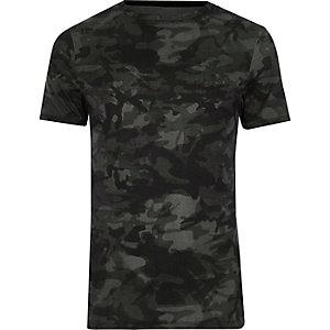T-shirt ajusté imprimé camouflage vert