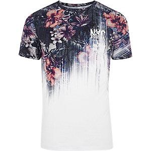 T-shirt ajusté «NYC» délavé à fleurs blanc