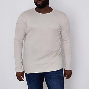 Steingraues, geripptes, langärmliges T-Shirt