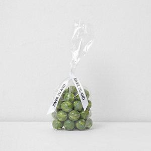 Chocolats verts en forme de choux de Bruxelles