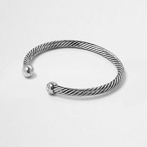 Zilverkleurige gedraaide armband