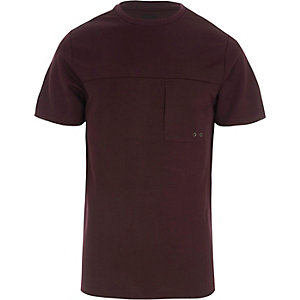 Bordeauxrood slim-fit T-shirt met borstzakje