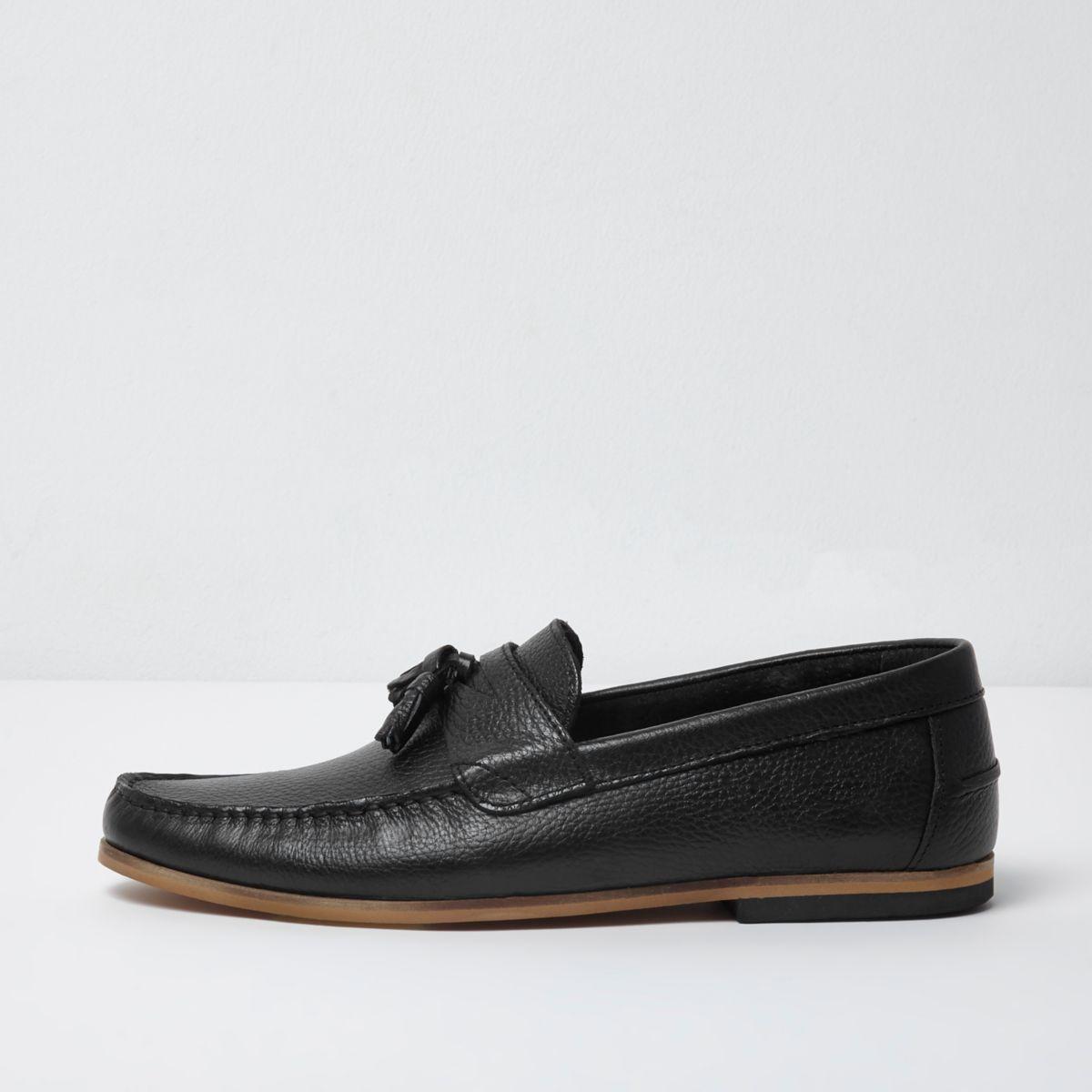 Black tumbled leather tassel loafers