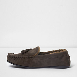 Brown fleece lined tassel moccasin slippers
