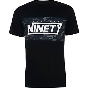 Zwart slim-fit T-shirt met camouflageblok en 'Ninety'-print