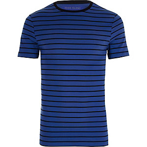 Blauw gestreept aansluitend T-shirt met ronde hals