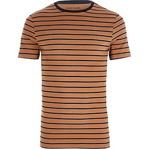 Lichtbruin gestreept aansluitend T-shirt