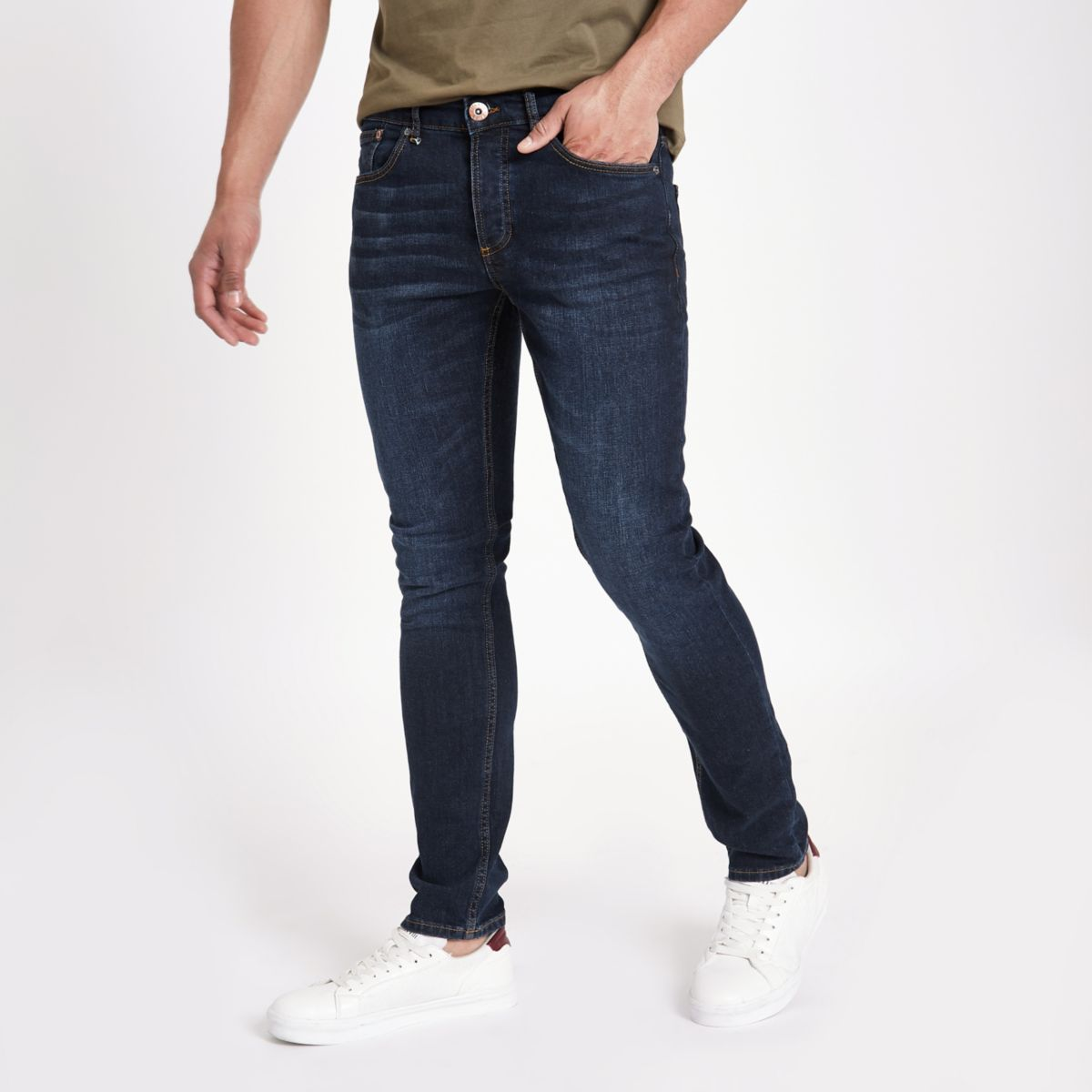 Cool jeans for men - large selection of quality jeans of many different types: Black jeans, ripped jeans, destroyed jeans, light jeans, grey jeans and denim pants in different fittings: slim fit, skinny .